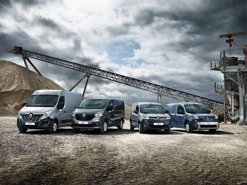 Renault Master vom Autohaus Koonen, SA, Eupen, Belgien
